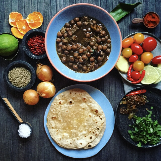 Recipe for Making Channa Masala with Chai