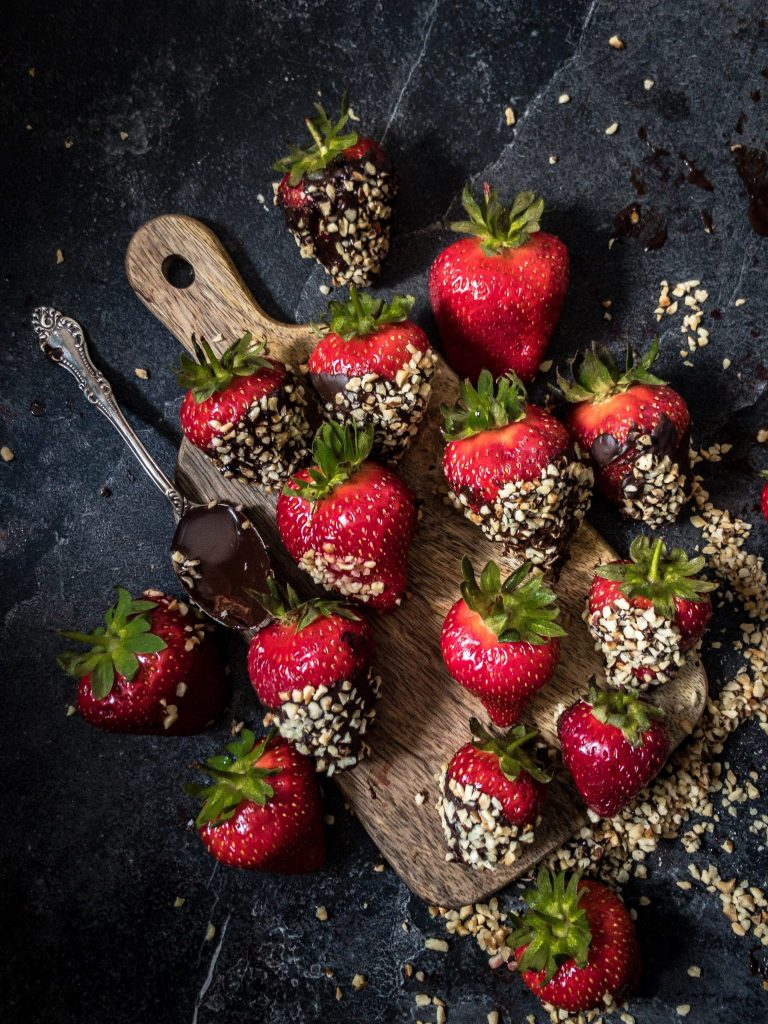 Recipe for making chocolate strawberry