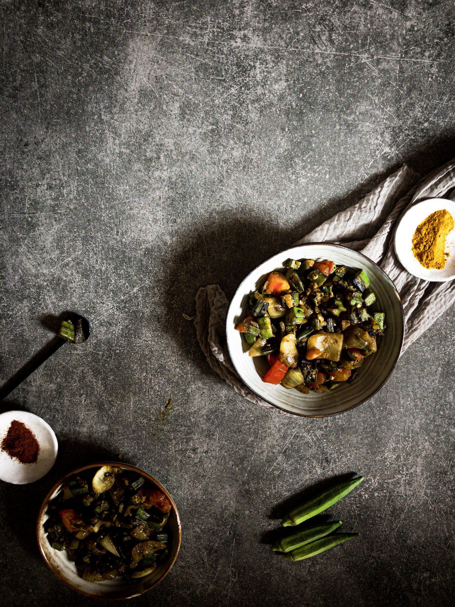 Recipe for making bhindi (okra)