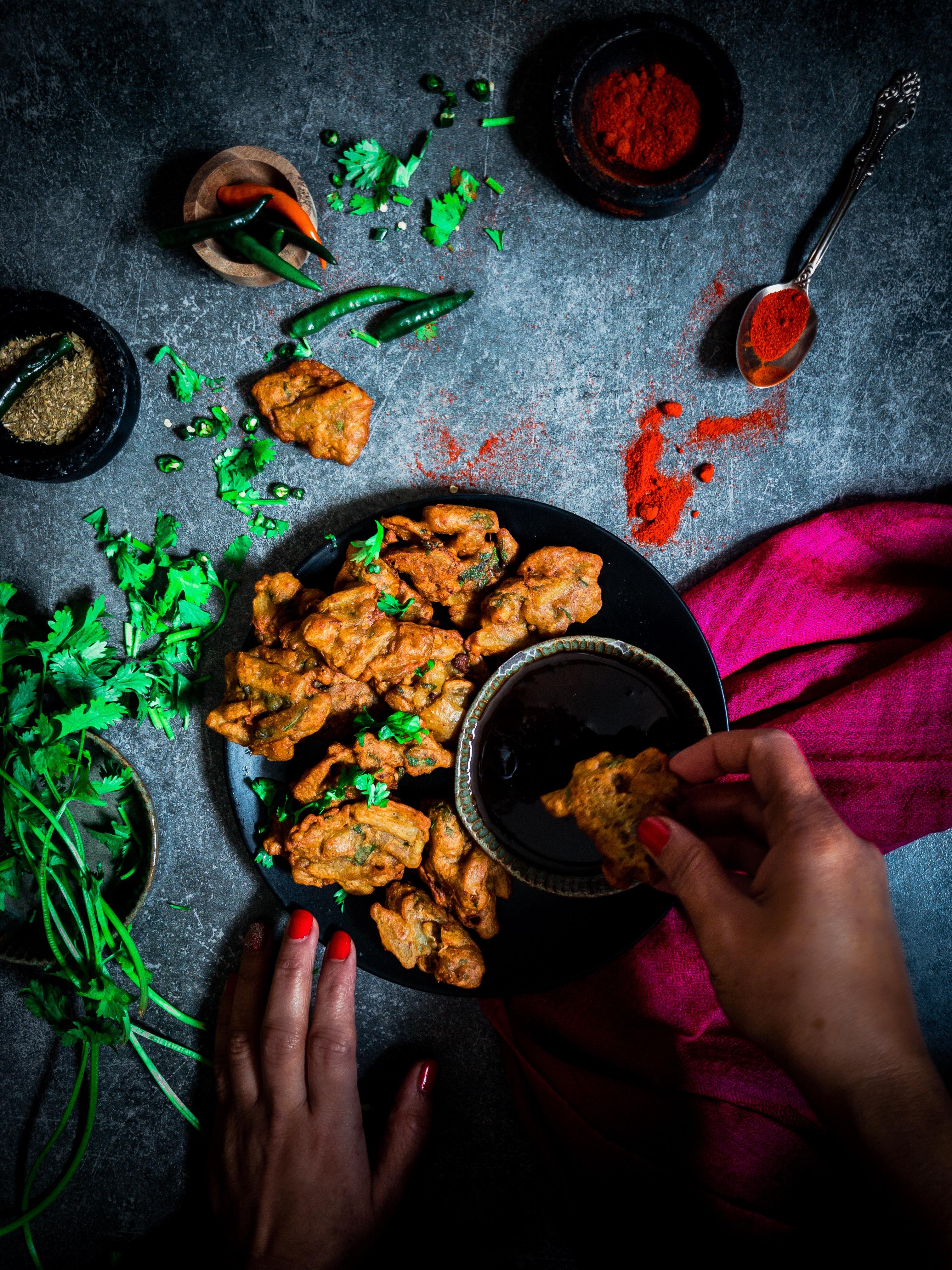 Recipe for making aloo pakodas